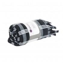 Patura in carouri si franjuri Gusta, 130 X 150 cm, textura fina, alb cu negru Germag