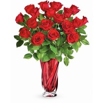 Buchet cu 19 trandafiri rosii - Aroma Dragostei Preferata  Roflora