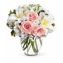Buchet din crini, trandafiri si alstroemeria - In style  Roflora