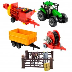 Jucarie Micul Fermier set tractor cu 3 utilaje si animale de ferma M3 Germag