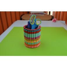 Suport pixuri pentru birou - Hand Made