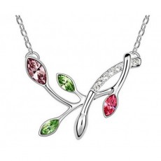 Pandantiv argintiu tip crenguta cu strasuri albe si cristale australiene colorate in forma de frunze TRENDWORLD