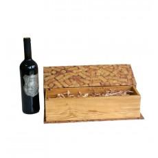 Cutie cadou tip carte pentru o sticla de vin cu model de dopuri  ALEXER SRL